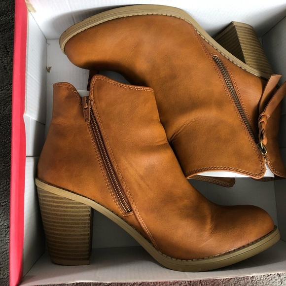 American Rag Shoes - Cognac Ankle Booties